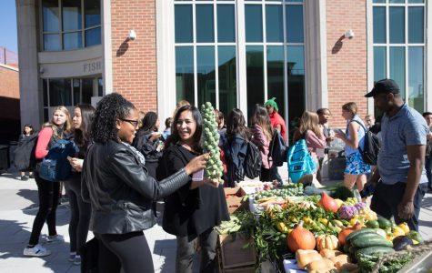 FLIK hosts farmers market