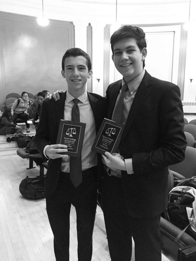 Parliamentary Debate wins Varsity and Novice divisions at Vassar