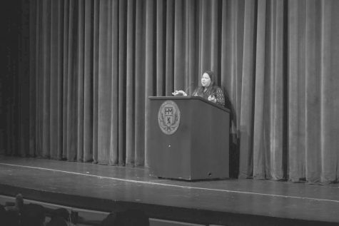 Renowned poet Brenda Shaughnessy visits school
