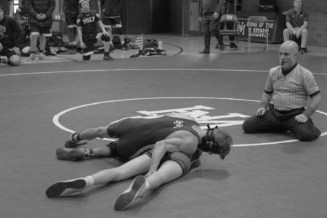 Technical rule denies wrestling first win of 2020 against Poly Prep